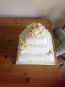White ivory pearl rose wedding cake square